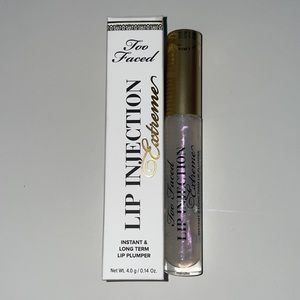 Too Faced Lip Injection Extreme in Clear